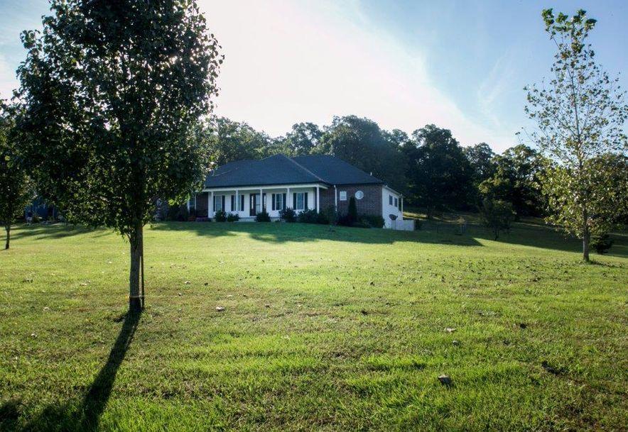 1000 Farmland Road Marshfield, MO 65706 - Photo 2