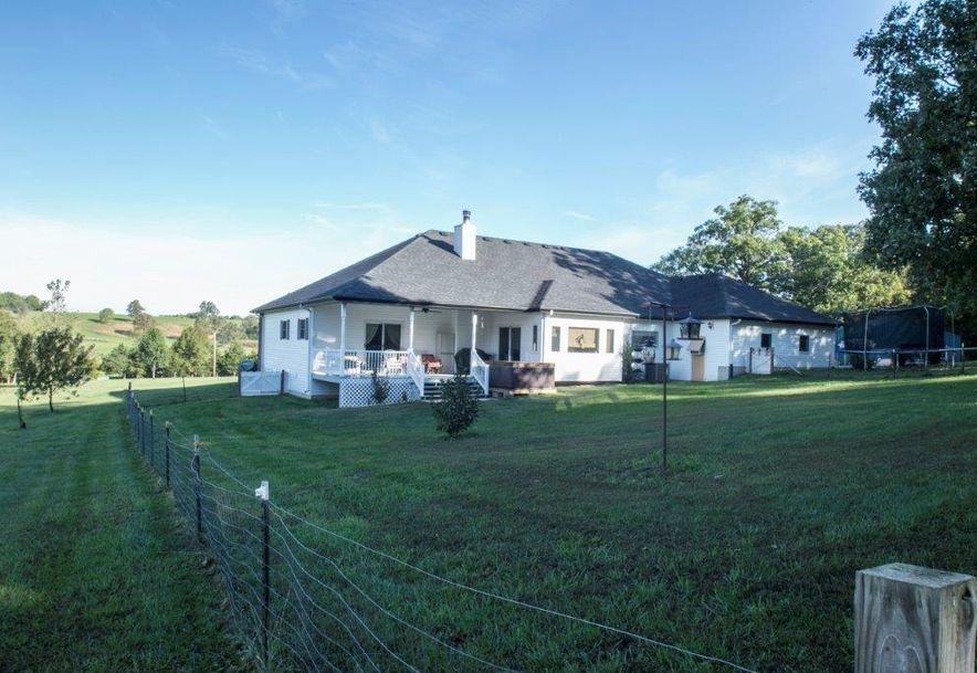 1000 Farmland Road Marshfield, MO 65706 - Photo 19