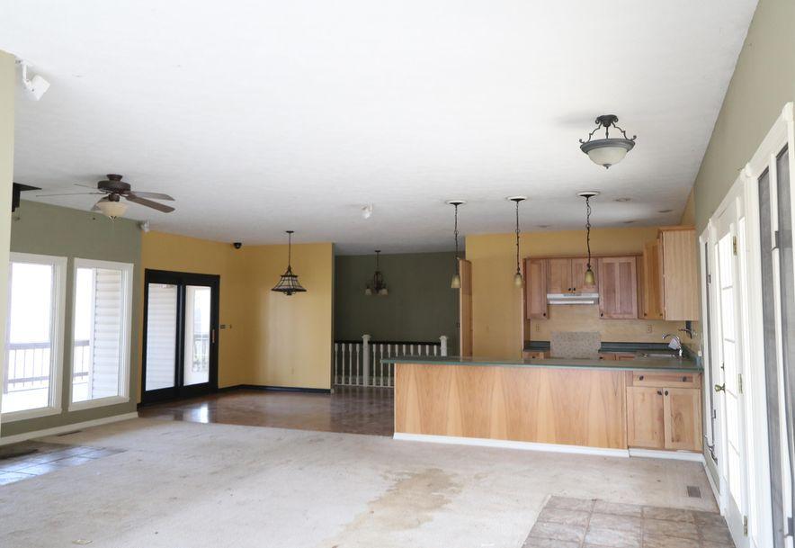 325 Mountain View Drive Ridgedale, MO 65739 - Photo 2