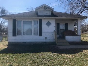 426 East Front Street Mountain Grove, MO 65711 - Image 1