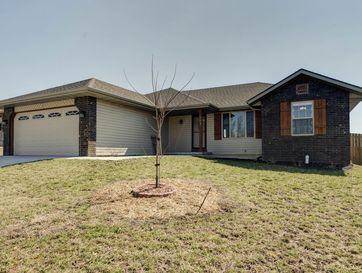 508 Bradford Pear Clever, MO 65631 - Image 1