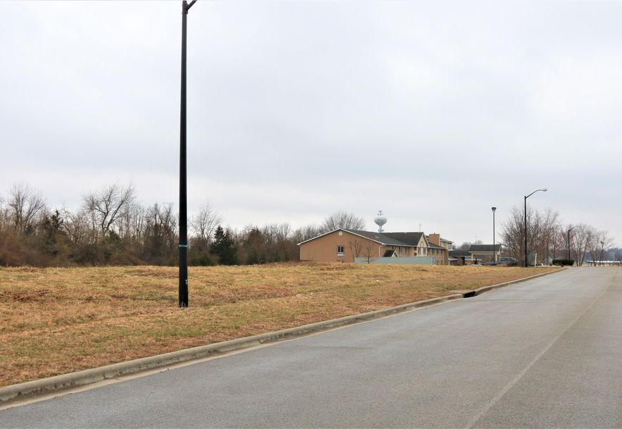 865 East Colter Drive Republic, MO 65738 - Photo 2