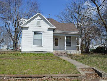 229 West Locust Street Aurora, MO 65605 - Image 1