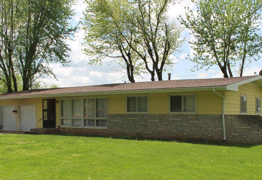 1003 South Washington Avenue Aurora, MO 65605 - Photo 1
