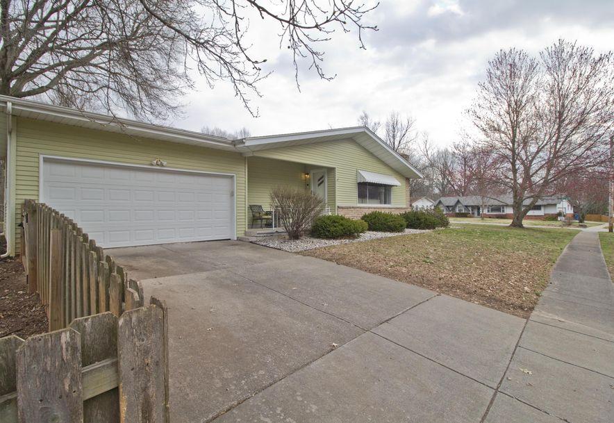 2023 South Saratoga Avenue Springfield, MO 65804 - Photo 4