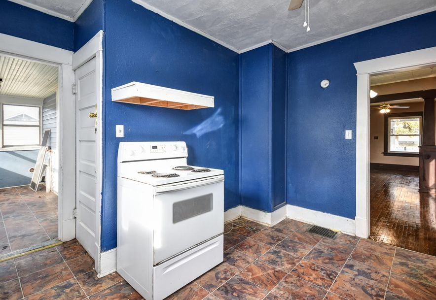 531 South Lincoln Avenue Aurora, MO 65605 - Photo 12