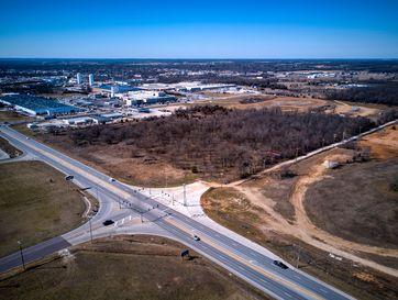 910 Us Highway 60 Monett, MO 65708 - Image 1