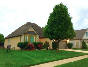 942 South Carriage Avenue Springfield, MO 65809 - Image 1