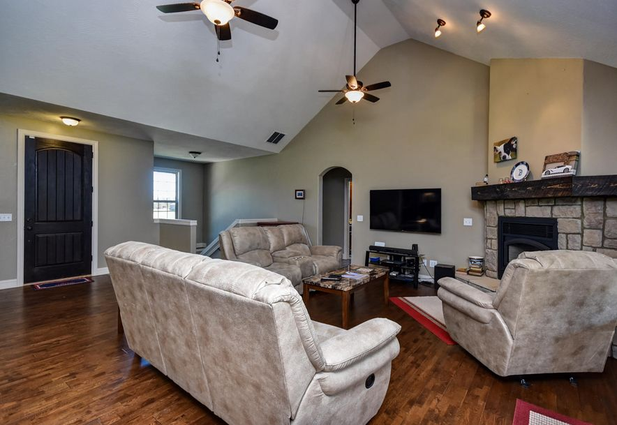 165 Sandy Forest Lane Clever, MO 65631 - Photo 9