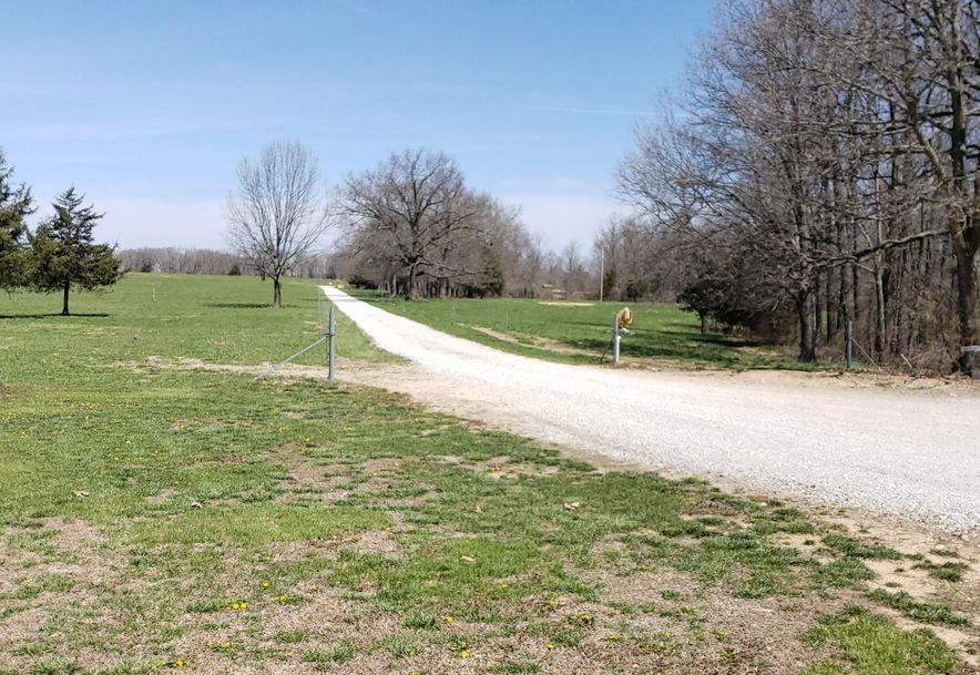 11062 Oak Tree Drive Mountain Grove, MO 65711 - Photo 3