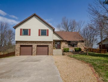 113 Ridgeview Drive Willard, MO 65781 - Image 1