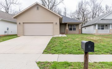 Photo Of 2517 East Madison Street Springfield, MO 65802