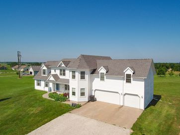 5105 South 163rd Road Bolivar, MO 65613 - Image 1