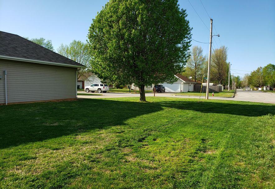 204 Country Lane Mt Vernon, MO 65712 - Photo 24