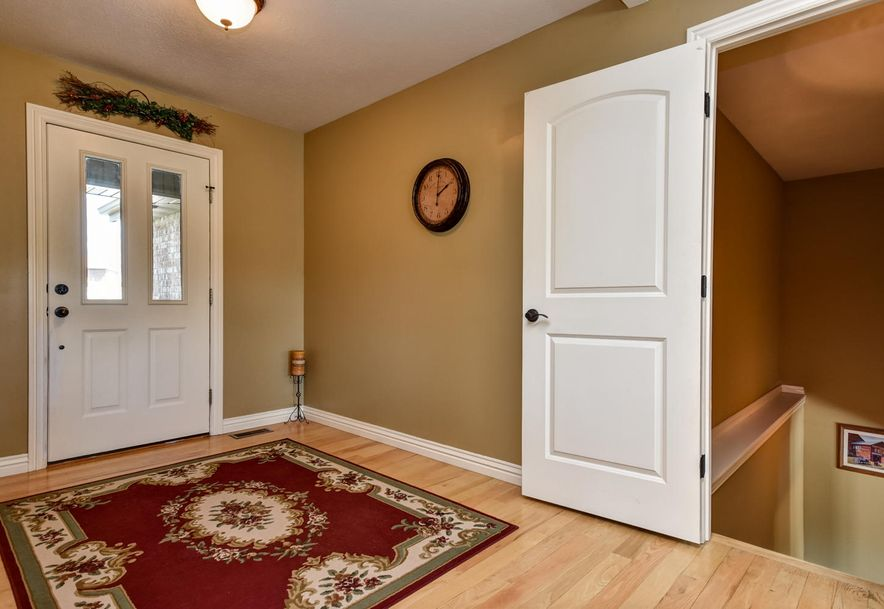 293 Somerswood Lane Clever, MO 65631 - Photo 4