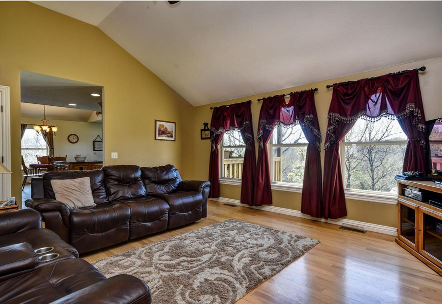 293 Somerswood Lane Clever, MO 65631 - Photo 5