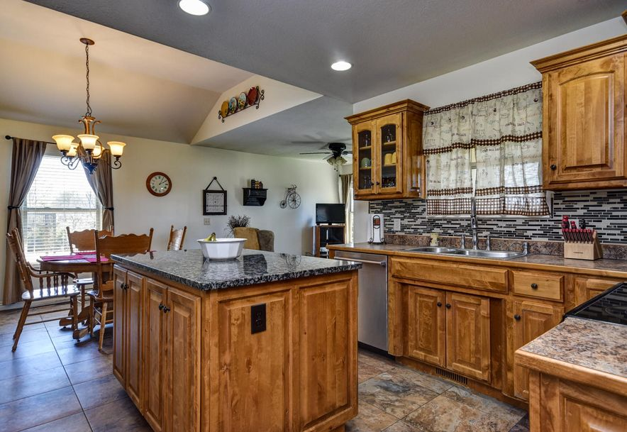 293 Somerswood Lane Clever, MO 65631 - Photo 8