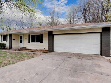 3240 West Camelot Court Springfield, MO 65807 - Image 1