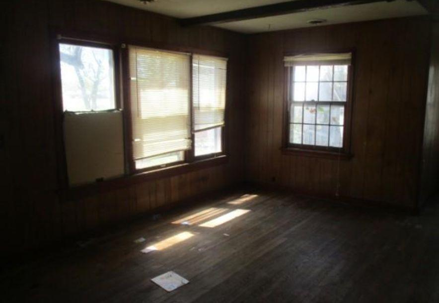 212 West Blaze Road Mt Vernon, MO 65712 - Photo 9