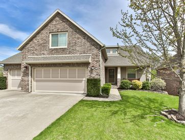2006 South Emerald Place Springfield, MO 65809 - Image 1