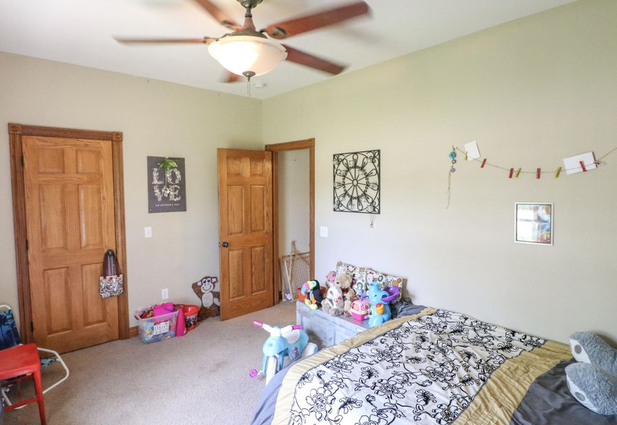 317 East McKale Marionville, MO 65705 - Photo 18