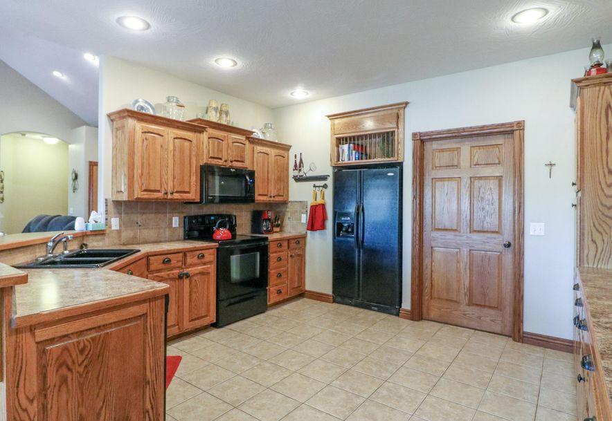 317 East McKale Marionville, MO 65705 - Photo 7