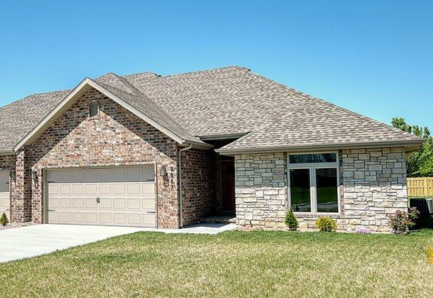 3587 West Camelot Street Springfield, MO 65807 - Photo 2