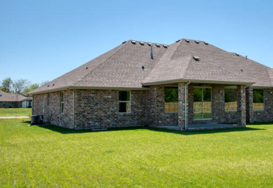 3587 West Camelot Street Springfield, MO 65807 - Photo 28