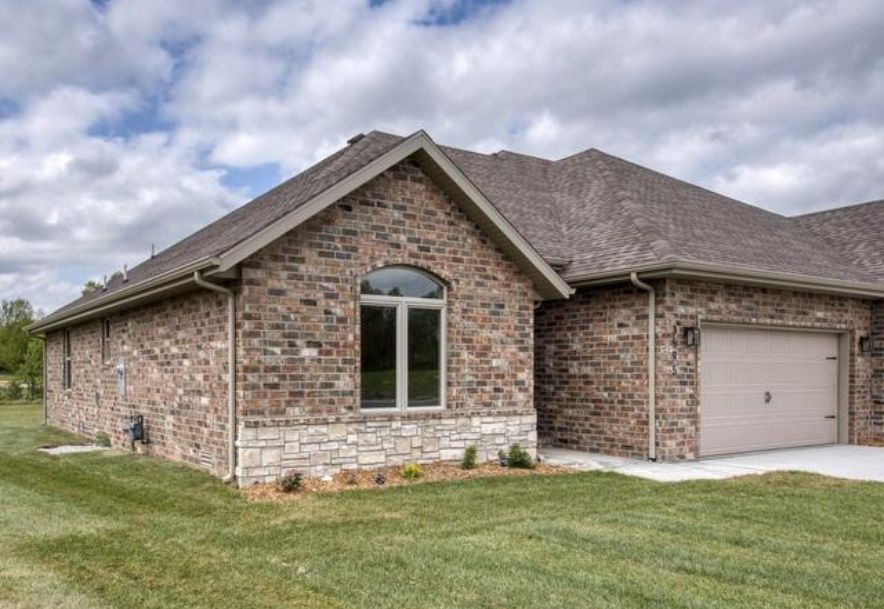 3595 West Camelot Street Springfield, MO 65807 - Photo 1