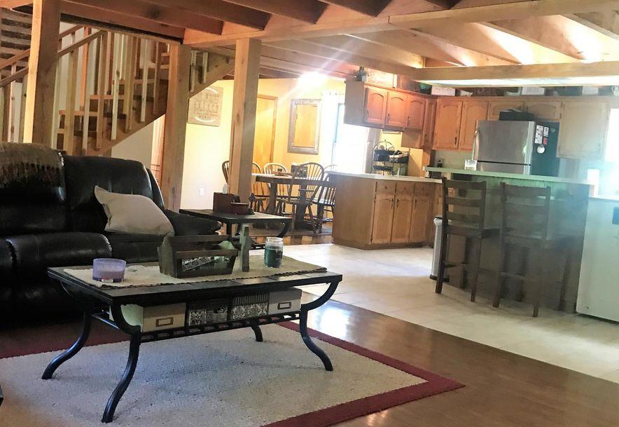 21846 Lawrence 2130 Mt Vernon, MO 65712 - Photo 6