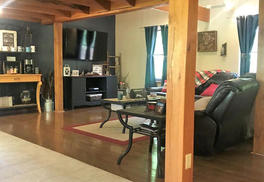 21846 Lawrence 2130 Mt Vernon, MO 65712 - Photo 8