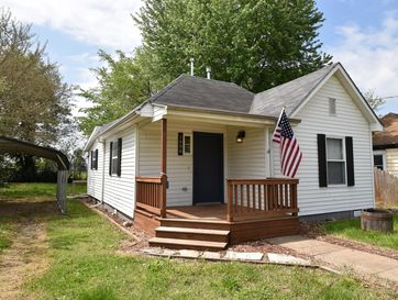 1806 West Chestnut Street Springfield, MO 65802 - Image 1