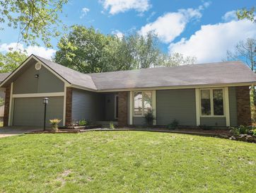 932 East Manchester Drive Springfield, MO 65810 - Image 1