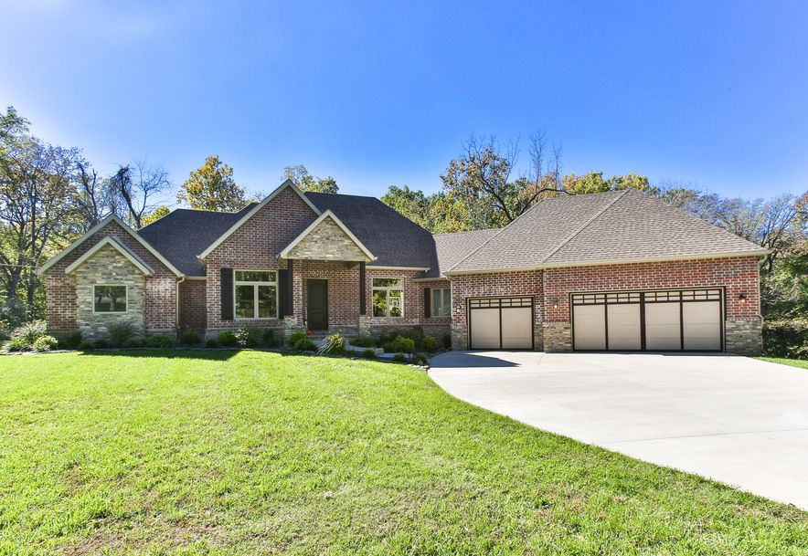 5239 South Hawthorne Drive Springfield, MO 65804 - Photo 1