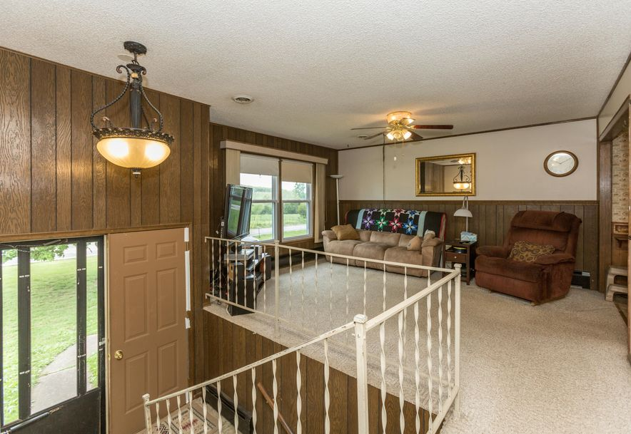 8346 North Farm Rd 123 Willard, MO 65781 - Photo 4