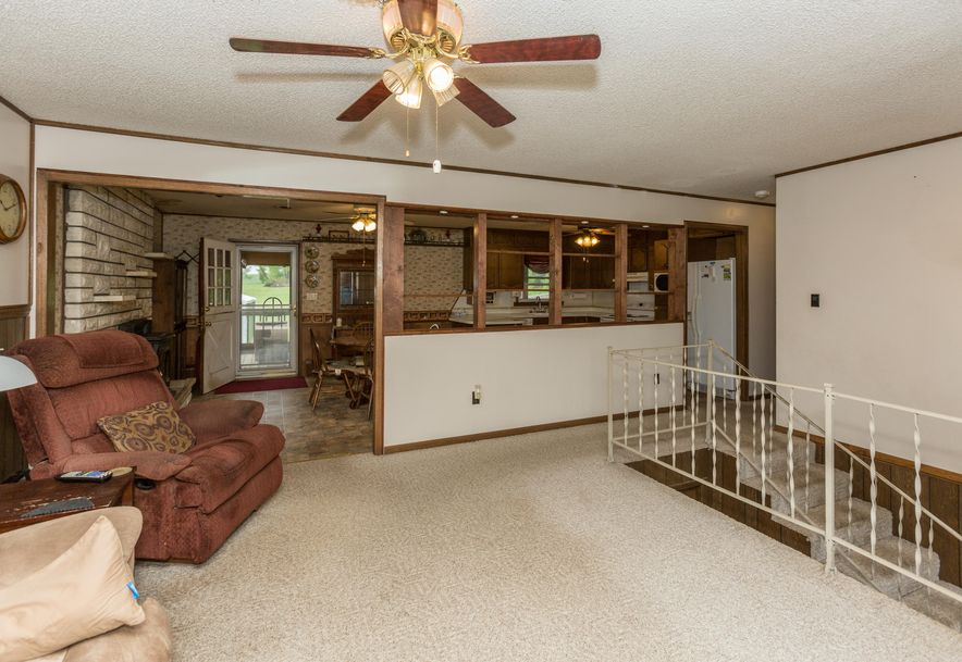 8346 North Farm Rd 123 Willard, MO 65781 - Photo 5