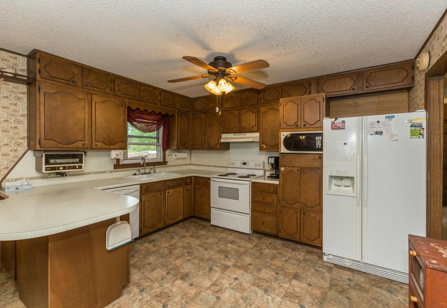 8346 North Farm Rd 123 Willard, MO 65781 - Photo 6