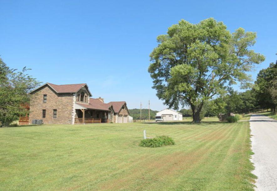 4295 Round House Road Aurora, MO 65605 - Photo 3