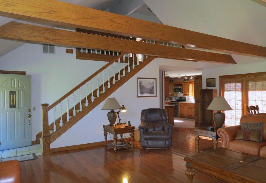 4295 Round House Road Aurora, MO 65605 - Photo 32