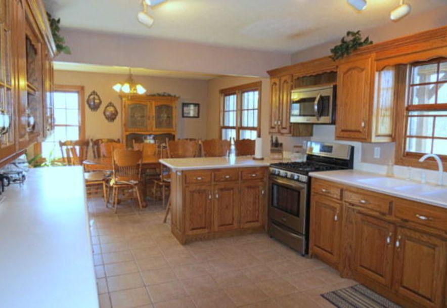 4295 Round House Road Aurora, MO 65605 - Photo 33