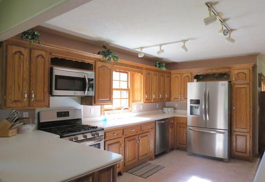 4295 Round House Road Aurora, MO 65605 - Photo 36