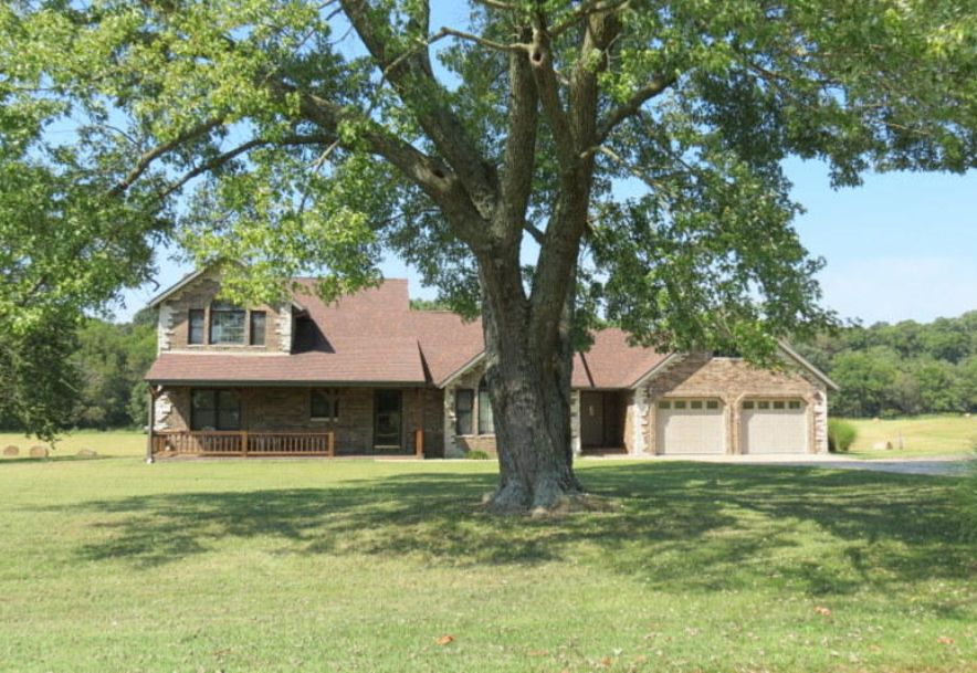 4295 Round House Road Aurora, MO 65605 - Photo 8