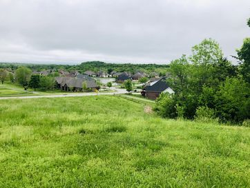 3304 West Bluffview Street Springfield, MO 65810 - Image
