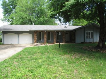 1867 East Swallow Street Springfield, MO 65804 - Image 1