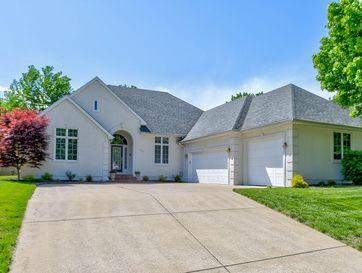 2585 South Chapel Drive Springfield, MO 65809 - Image 1