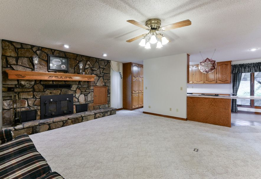 2168 West State Highway 76 Galena, MO 65656 - Photo 27