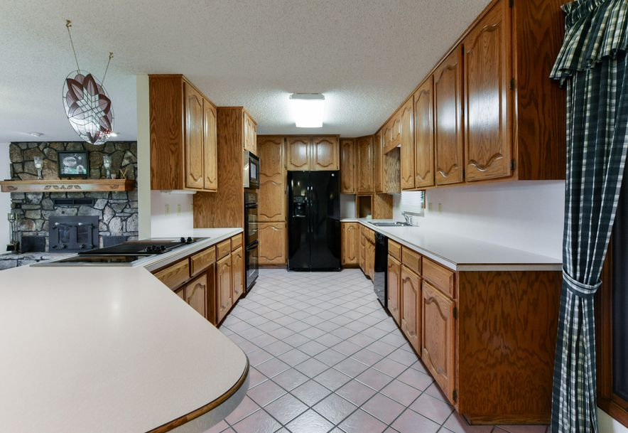 2168 West State Highway 76 Galena, MO 65656 - Photo 4