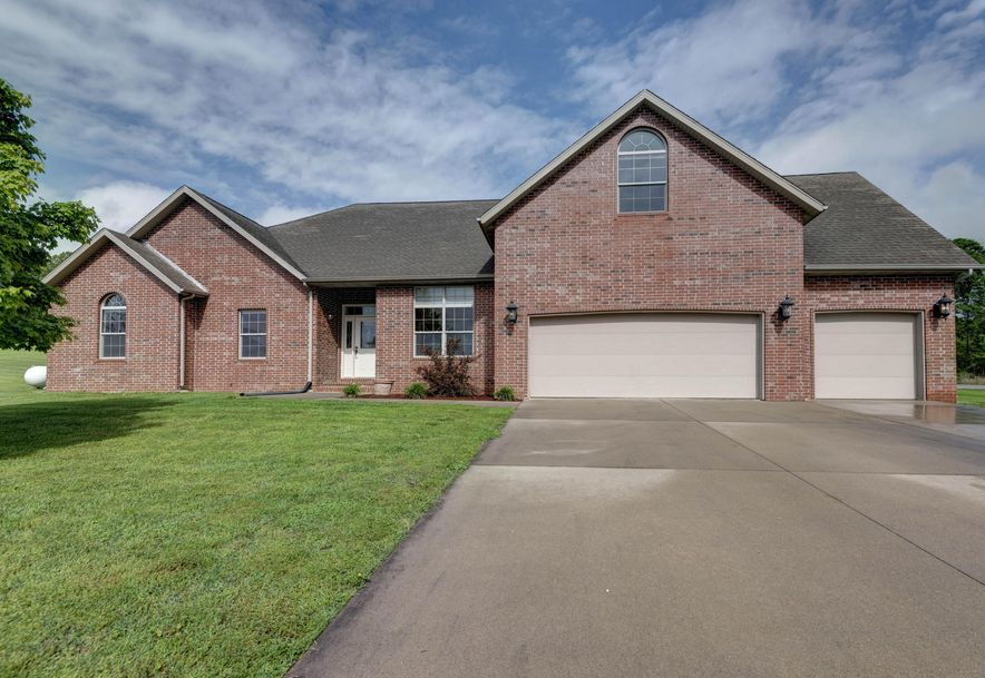 35 Pebble Beach Boulevard Clever, MO 65631 - Photo 1
