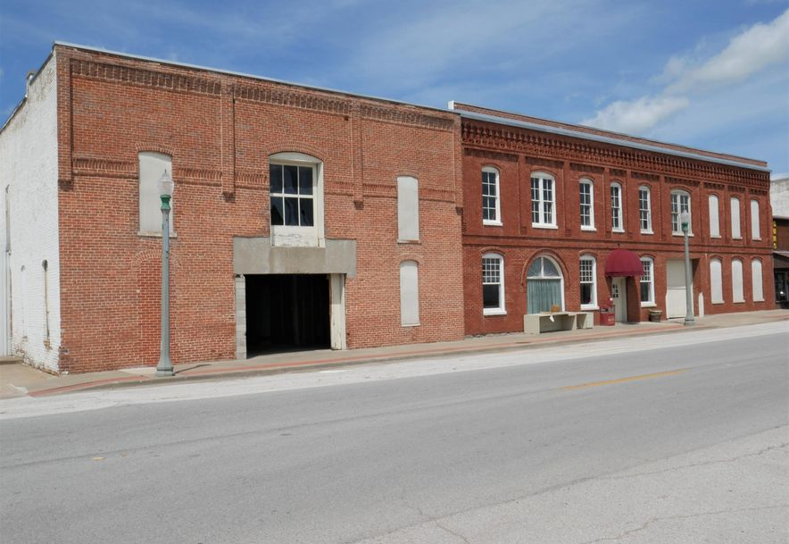 33 & 35 West Olive Street Aurora, MO 65605 - Photo 3