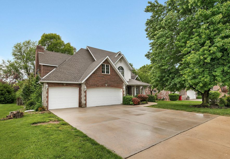 4637 South Parkhill Avenue Springfield, MO 65810 - Photo 2